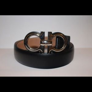 Authentic Salvatore ferragamo adjustable belt 44